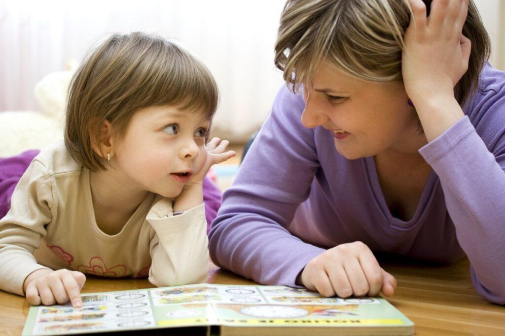 Хорошая мама, в отличие от идеальной, просто любит и не боится ошибаться