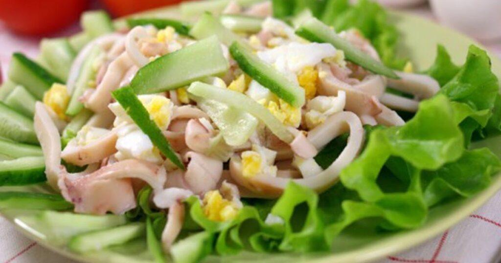 салат огурцы и кальмары