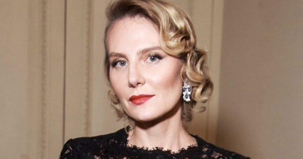 Рената Литвинова: Ненужно ничего понимать изнать оженщине. Еенужно просто любить
